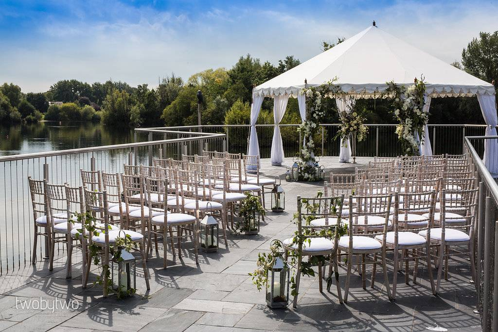 Marquee wedding on a lake, luxury marquee wedding venue, Amber Lakes wedding venue, how to plan a marquee wedding, marquee wedding tips